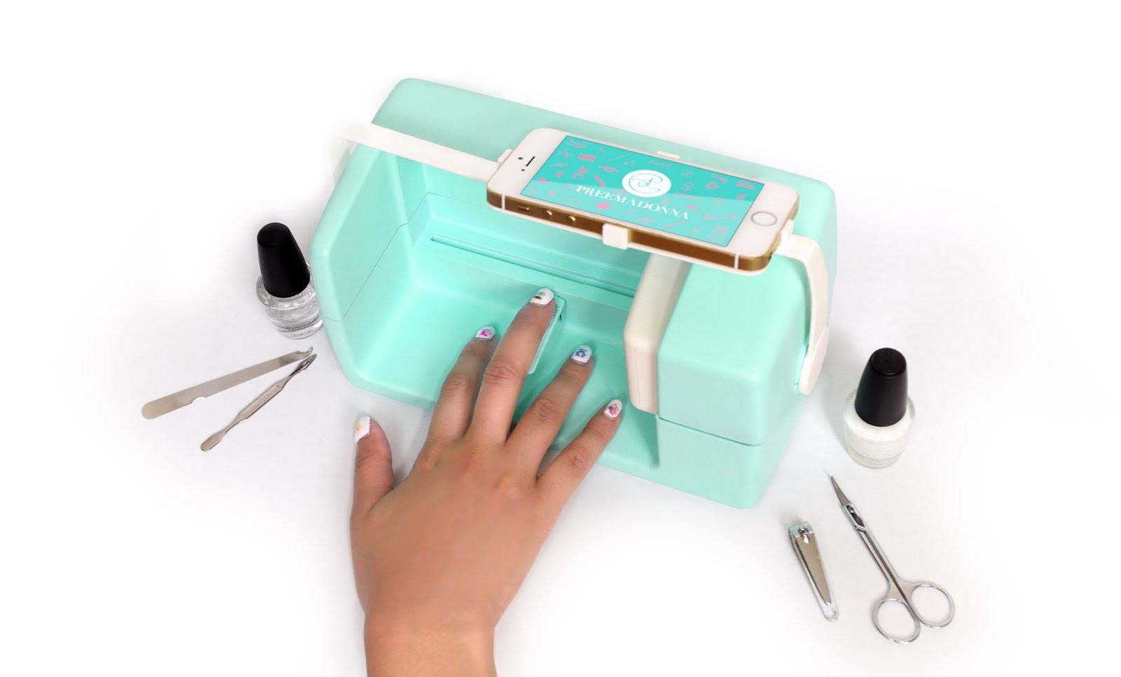 nailbot l 39 imprimante nail art connect e ton smartphone. Black Bedroom Furniture Sets. Home Design Ideas